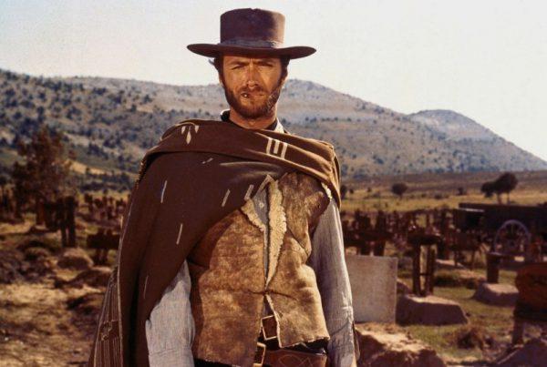 El Dinosaurio Clint Eastwood 01